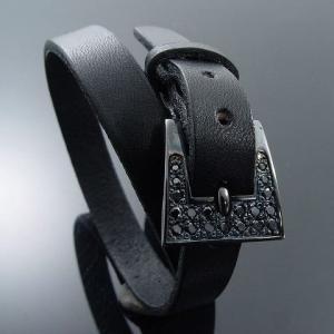 KENBLOOD ケンブラッド パヴェストーンシルバーバックル レザーブレスレット ブラック (KL-02) (メンズモデル)|relaaax