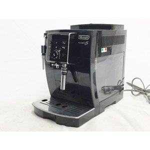 メーカー名: DeLonghi 型番: ECAM23120BN 給水タンク容量: 1.8L(最大給水...