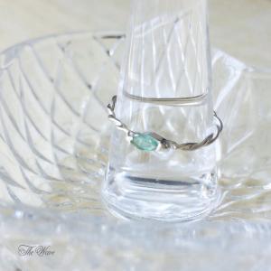 エメラルドのリング - Emerald twisted Ring|resortiara