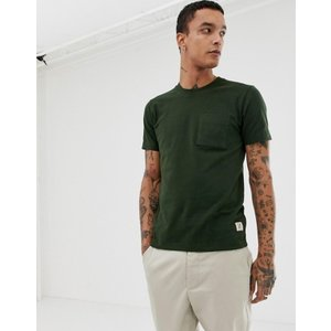 ヌーディージーンズ メンズ Tシャツ トップス Nudie Jeans Co Kurt one pocket t-shirt in green|revida