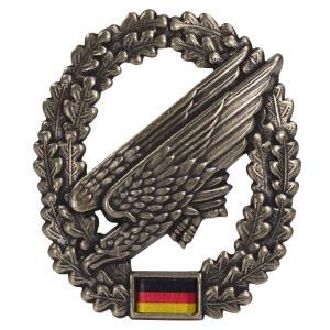 ドイツ軍放出品 記章ピンバッジ 空挺兵 ベレー帽用 BW Fallschirmjager 独軍 降下 部隊 階級章徽章 4本ピン Barett revolutjp
