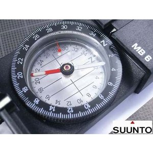 SUUNTO フィールドコンパス マッチボックス型 MB-6 | 方位磁石 方位磁針 磁気コンパス 登山 トレッキング 羅針盤|revolutjp