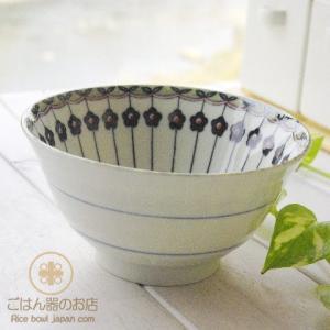 美しいボレスワヴィエツの街 ポタリーフィールド ラインフラワー ご飯茶碗(大) 茶漬碗 丼 どんぶり ポタリー風|ricebowl