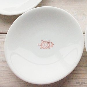 幸せの白い器 赤い糸  亀は万年 小皿 12cm(※単品) 軽量白磁,かめ,カメ 丸皿|ricebowl