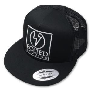 ボルテッドスタジオ/BOLTED STUDIOS キャップ・帽子 トラッカーキャップ スクエアパッチ|rifu