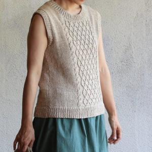 シサム工房 ハンドニットカントリーベスト ナチュラル フェアトレード 綿100% 着やせ Fairtrade vest|riguru-online