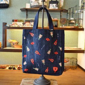 ほにや ハンプトートバッグ ちらし鳴子 ほに雲 ヨッチヨレ 帆布バッグ honiya 紺|riguru-online