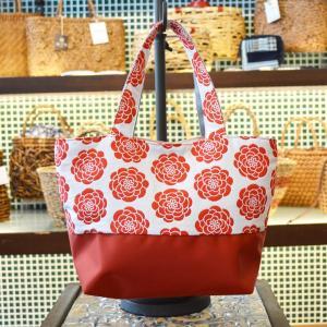 ほにや ぽんぽん菊柄 白地に赤いぽんぽん菊 ランチトート 布バッグ  イロハニホニヤ かわいい 花柄 膨れ織風|riguru-online