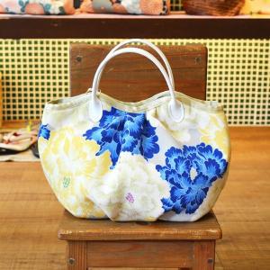 ほにや コロコロ豆バッグ 舞牡丹 ブルー花 黄花 グレー地 花柄 和柄 和風 小さな手提げ ころり|riguru-online