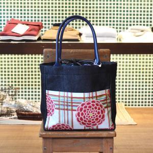 ほにや ピクニックトートバッグ 格子菊 赤ピンク花 白地 和柄 花柄 巾着 和風 母の日 ギフト |riguru-online