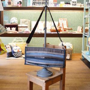 KUNIYA ラグビーショルダーバッグ 畳と畳の縁 完全オリジナル 圀谷博子作 茶色 和風 ラクビーボール オンリーワン 母の日 ギフト|riguru-online