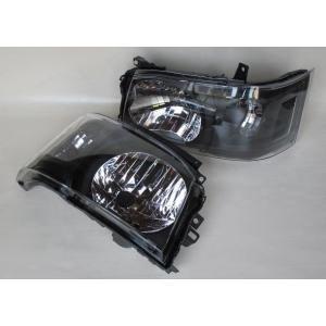200系 ハイエース 2/4WD用 1型2型専用DEPO製ヘッドライトAssy 艶消BK 純正レベライザー移植 ●水漏れ、レンズ内曇りは保障対象外品です|rim|02