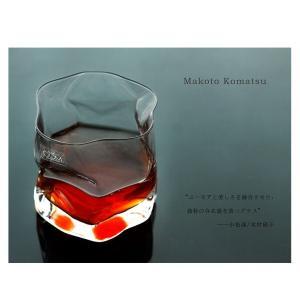 レストランやバーなど、業務用のグラスメーカーとしても有名な木村硝子店。 1910年の創業以来、約10...