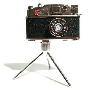 カメラ型オイルライター 三脚付き|rinkydink