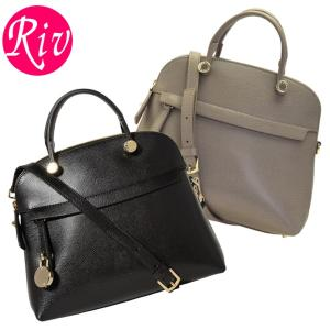 FURLA   バッグ   鞄  上品で大人カッコ良い、2wayショルダーバック。収納力も抜群で使い...