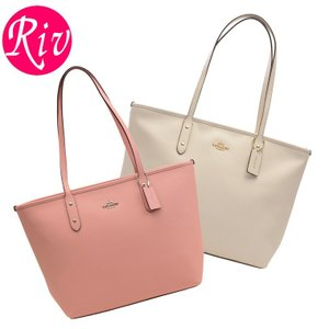 COACH   カバン   鞄 上品なレザーの質感が高級感を演出してくれるトートバッグです。荷物収納...
