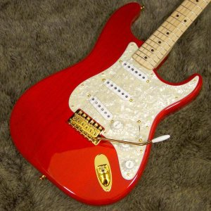 Fender Japan MAMI STRATOCASTER...