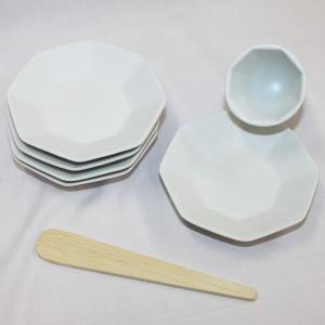 風水で吉とされる八角形 八角盛り塩セット(八角素焼き皿5枚+盛塩固め器+笏型へラ) レギュラーサイズ|roco