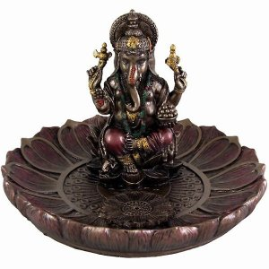 夢をかなえるゾウ ガネーシャ 彫刻 彫像! 【ヒンドゥー神 ガネーシャ(夢をかなえるゾウ)香炉プレー...