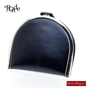 小銭入れ フェラガモ コインケース レザー/メタル 黒、シルバー色 中古 おすすめ ronde
