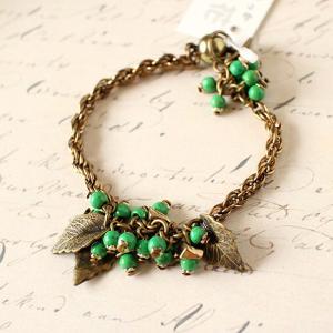 ブレスレット 緑の実 葉っぱ レディース|room505