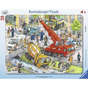 Ravensburger ラベンスバーガー パズル 救急車両 39ピース 31×24.5cm 06768 8|roomania-l