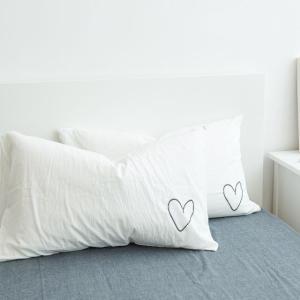 手書き風 ハート刺繍 モノトーン シンプル ピローケース 枕カバー roomfort