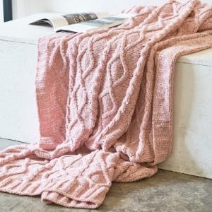 ふわふわ ざっくりケーブル編み ニットブランケット|roomfort