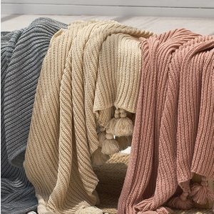 おしゃれなアースカラー フリンジタッセル付き リブ編みニットブランケット|roomfort