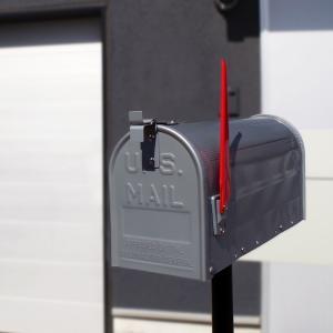 郵便受け 海外 アメリカンポスト スチール製 ポール付 STEEL RURAL MAIL BOX  スタンドメールボックス ポスト 西海岸風 インテリア アメリカン雑貨 rose-bowl