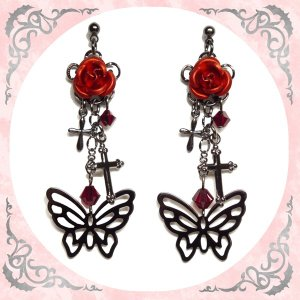 蝶 バタフライ チョウ 薔薇 ローズ バラ 十字架 クロス・赤 (ピアス) イヤリングに変更可|rose-cross