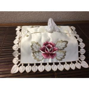 完売 227/ティッシュカバー/カットワーク刺繍  12×23×4.5cm|rose-viva-shop