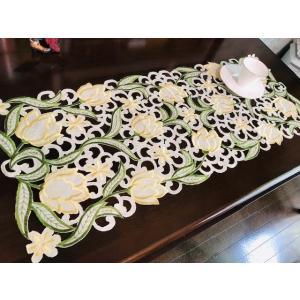 チューリップのお花 35X85cm ALLカットワーク刺繍、テーブルセンター |rose-viva-shop