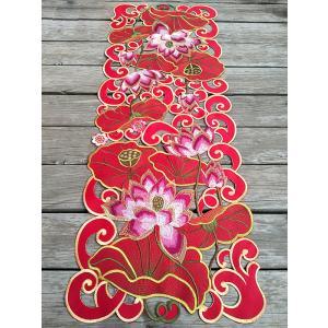 ♪Merry Xmas テーブルセンター クリスマスコーディネート 37X100cm all カットワーク刺繍 赤 蓮根  完売|rose-viva-shop