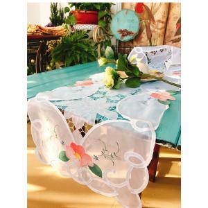 40X135cm カットワーク刺繍 テーブルセンター ホワイトにピンク花  お洒落 透明感 |rose-viva-shop