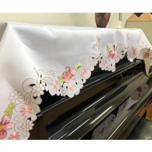 送料込み:80X220cm  カットワーク刺繍 アップライトピアノカバー 白地にピンクお花|rose-viva-shop