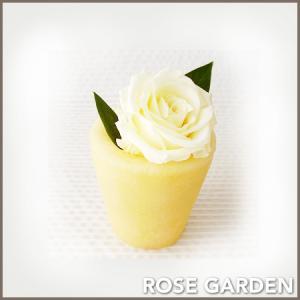 【アロマWAXベース】バラのプリザーブドフラワーのアレンジメント|rosegarden