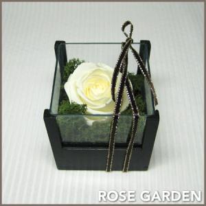 プチギフト 誕生日プレゼント ウッド&ガラス ホワイト プリザーブドフラワー ホワイトデー・バレンタイン|rosegarden