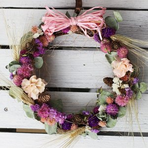 旬の草花のフラワーリース ピンクパステル系 ドライフラワー バラ ギフト