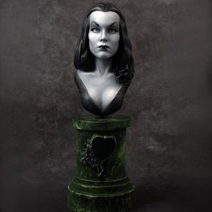Vampira 1/7scale Bust kit【取り寄せ】|roswell-japan
