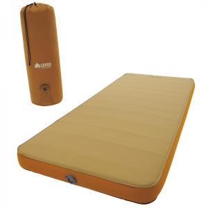 ソフトタッチ素材のやわらかな肌ざわり+厚さ約9cmで、マットレスのような寝心地の新型ベッド。バルブを...
