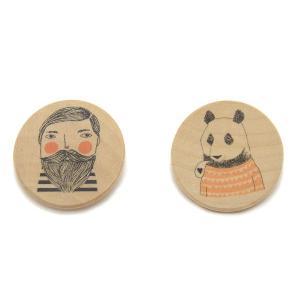 木製ブローチ パンダ&ひげ男 【バッジ アクセサリー 北欧 スペイン イラスト アート インテリア】 ruskea