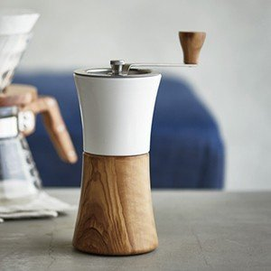 商品の詳細について  セラミックとオリーブウッドを組み合わせた、 ナチュラルテイストのコーヒーミル ...