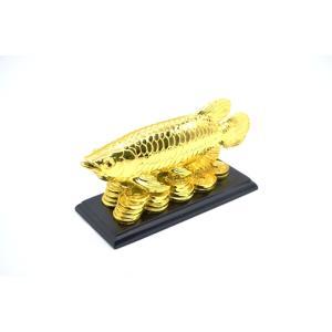 アロワナ 龍魚 台座付き 樹脂製置物 金色 中|ryu