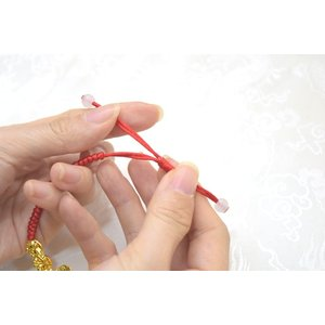 【メール便OK】 貔貅 ヒキュウ 二体付き ブレスレット 金メッキ 中国紐 中国結び フリーサイズ 伸縮可能|ryu|08