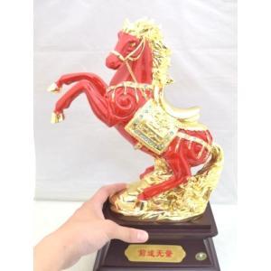 馬 黒台座付き 樹脂製置物 赤 大 うまくいく 成功を招く|ryu|06
