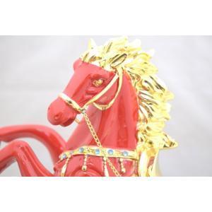 馬 黒台座付き 樹脂製置物 赤 大 うまくいく 成功を招く|ryu|07