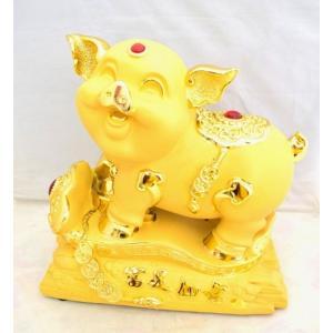 金 ブタ 豚 如意棒 台座付 樹脂製置物 招財 大|ryu