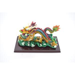 龍 カラフル 樹脂製置物 台座付き 中|ryu