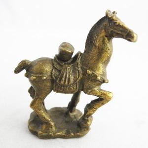 馬 行動力 家庭愛 人間関係向上 元宝が乗っている|ryu